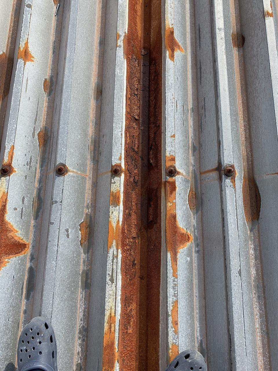 K様折版屋根遮熱塗装工事